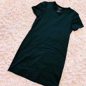 ZANNI Black Short-Sleeve Boxy T-Shirt Dress